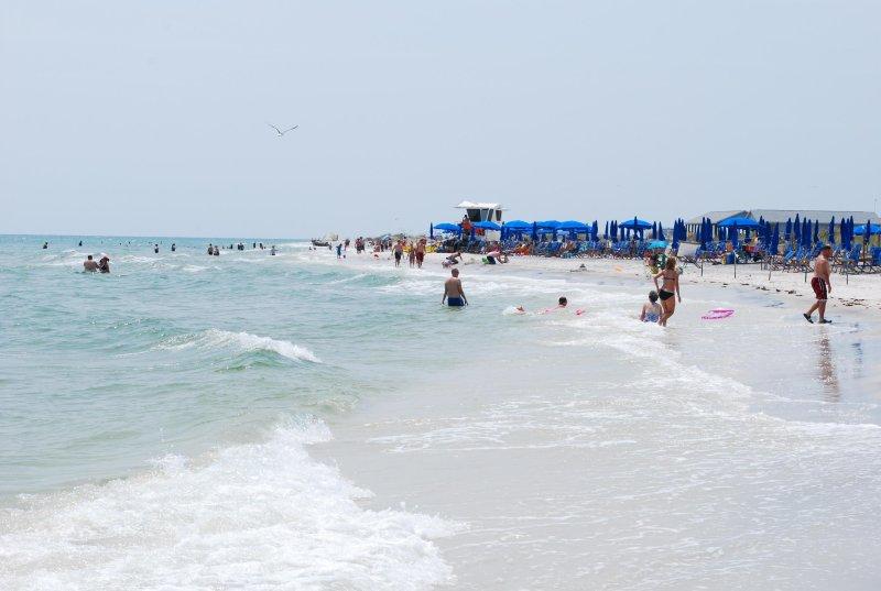 FUN DAY AT THE BEACH!!