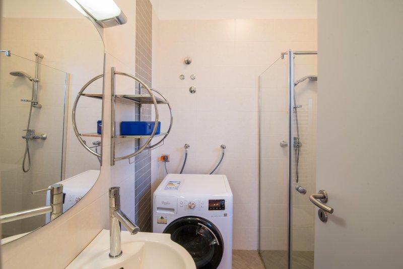 Apartamento Ruzmarin banheiro