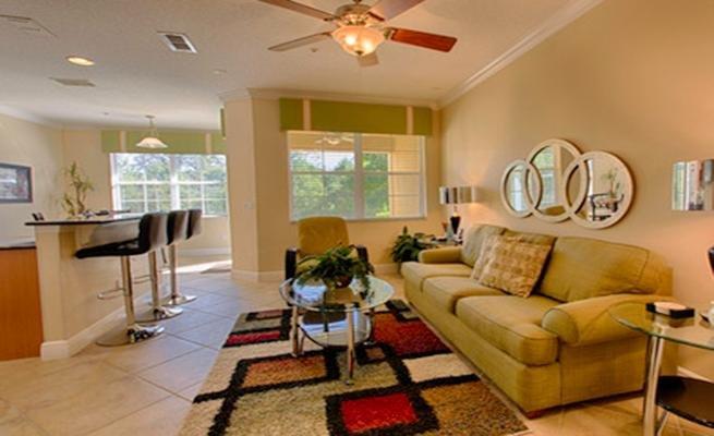 Couch, Mobilio, Ambientazione interna, Camera, Moquette