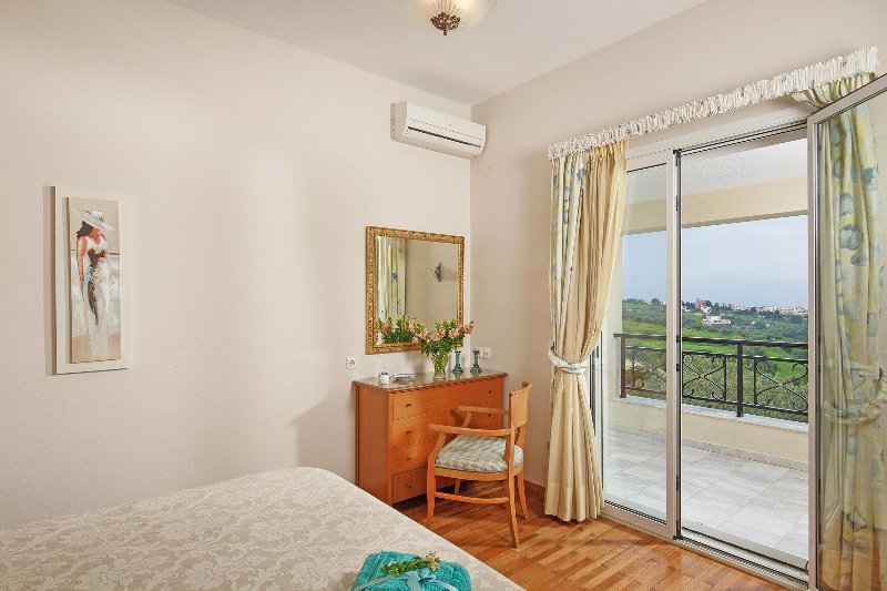Double bed bedroom with balcony and great view