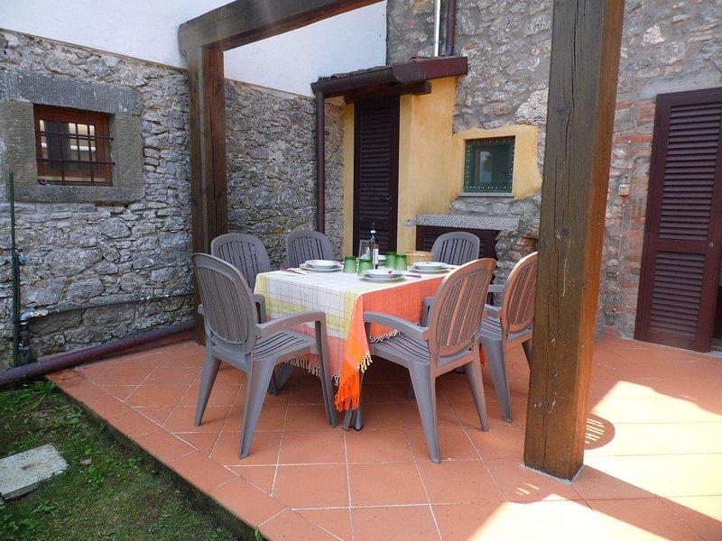Vous pourrez dîner en plein air sur la terrasse