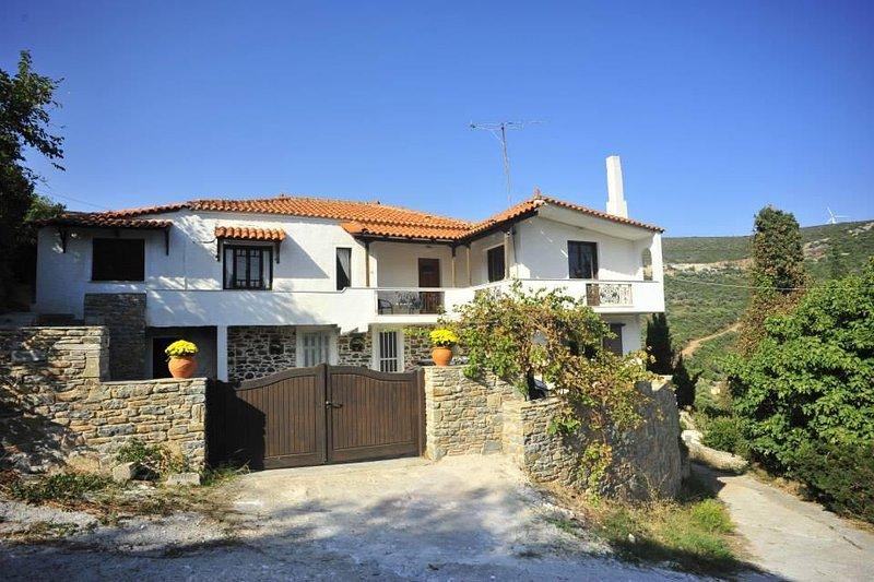 Bienvenido a La Villa, Zarakes