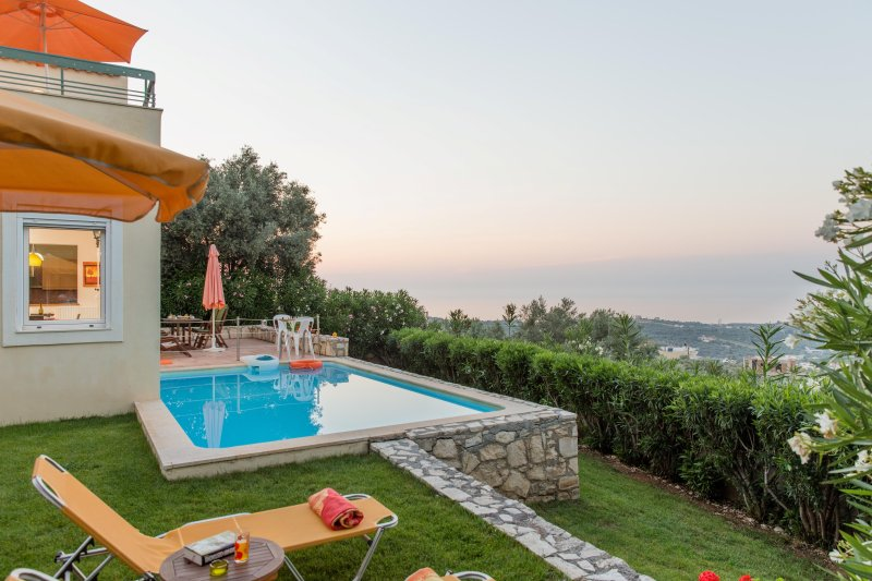 Alkistis villa, privacy, private pool, unobstructed views, holiday rental in Pigi