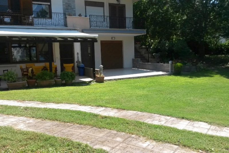 Dream house , huge garden , sea and mountain view, holiday rental in Vourvourou