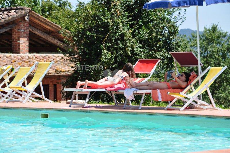 Agriturismo Castello Selvole - Heart of Tuscany., holiday rental in Pievasciata