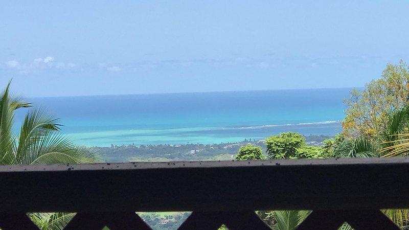 impresionante vista desde la montaña hasta el mar
