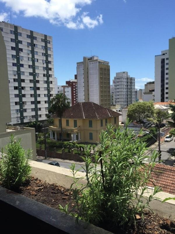 spacious, bright and well ventilated flat in the old down town Florianopolis