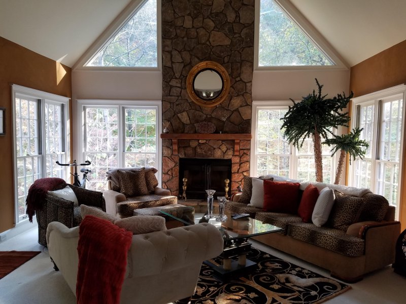 Fully Furnished Spacious Executive Roswell Home, casa vacanza a Alpharetta