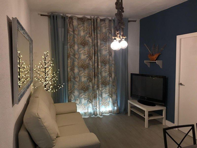 Alquiler de apartamento en Ayamonte Old Town comodo y moderno piso, vacation rental in Ayamonte