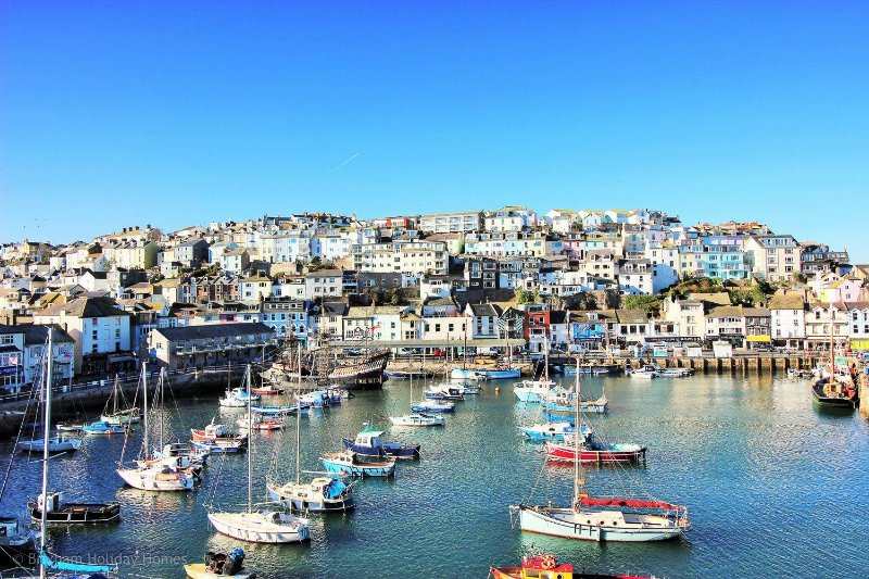Fishermans Wharf - Superb harbour views from this large 3 bedroom, centrally loc, holiday rental in Brixham