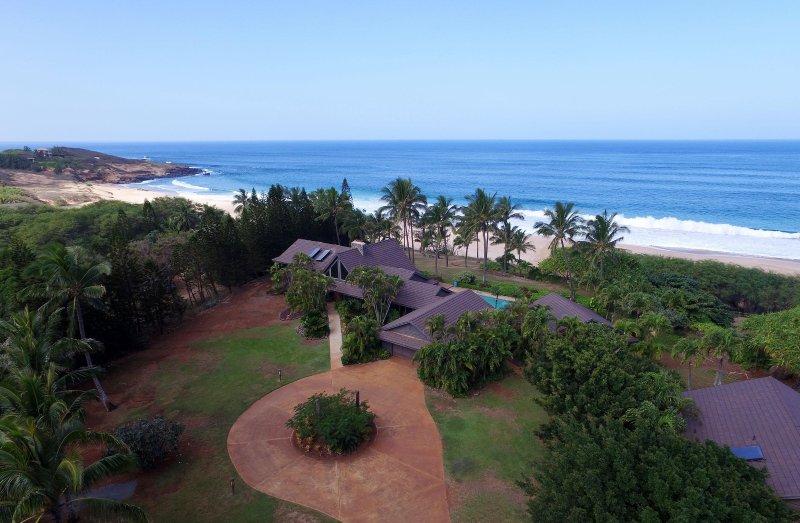 Manahale Estate  Molokia's most exclusive beachfront private beachfront
