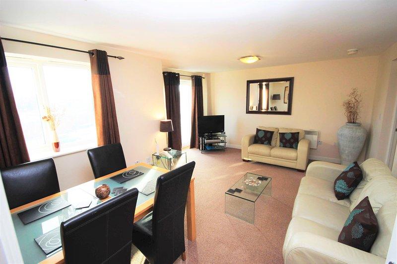 Properties Unique - Knightsbridge Court Apartments (1.5 Bed), location de vacances à Cramlington