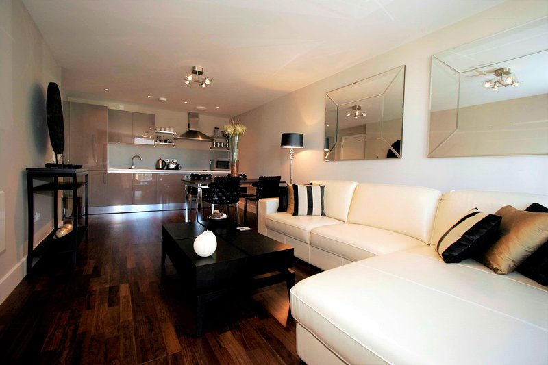 Properties Unique - Lime Square Apartments (2 Bed), holiday rental in Newcastle upon Tyne