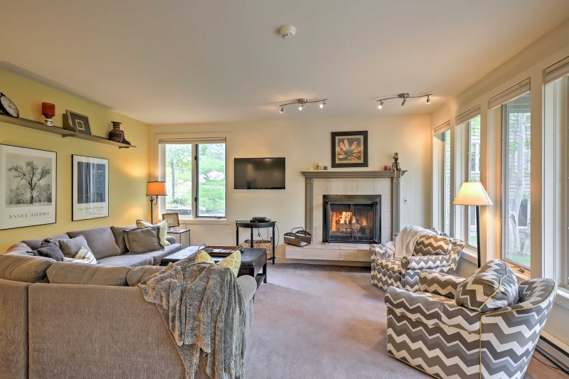 Discover all that Vail has to offer from this 3-bedroom vacation rental condo.