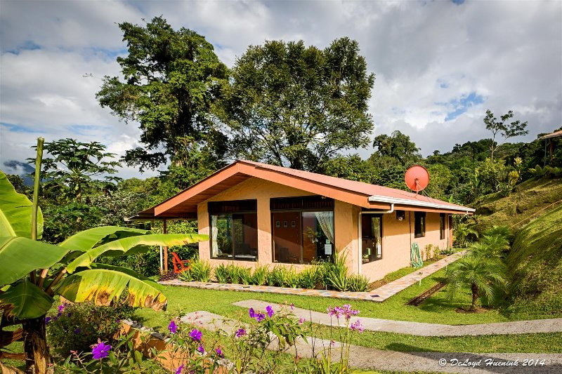 Encantada Guest House: Monkey View Villa for Two