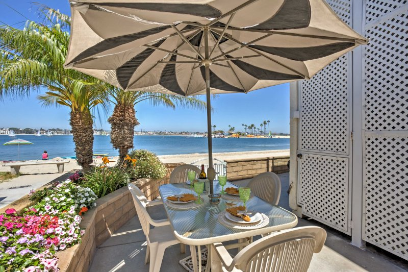 Listen to the sounds of the ocean at this vacation rental condo in San Diego!