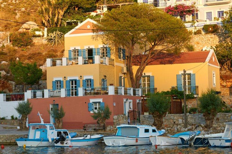 Lefkadio Studio On The Sea, vacation rental in Pedi