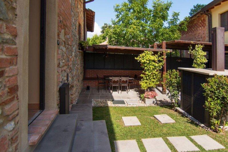 CASA DI CAMPAGNA, holiday rental in Zavattarello
