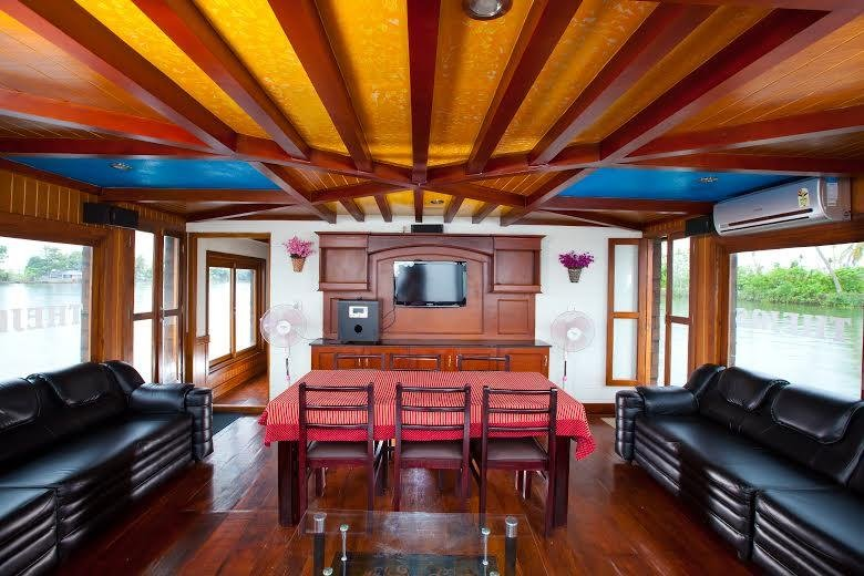 Kerala Tour Packages, vacation rental in Kaloor