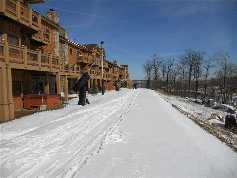 Luxury  Southwind Ski in/out Mountain Townhouse, vacation rental in Mount Pleasant