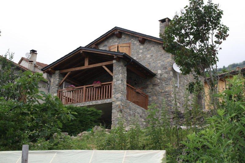 Maison en pierre, holiday rental in Vebre