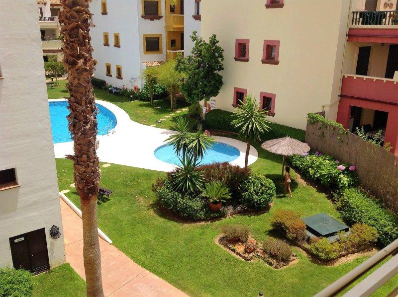 Apartamentpo espectacular, vacation rental in Costa Esuri