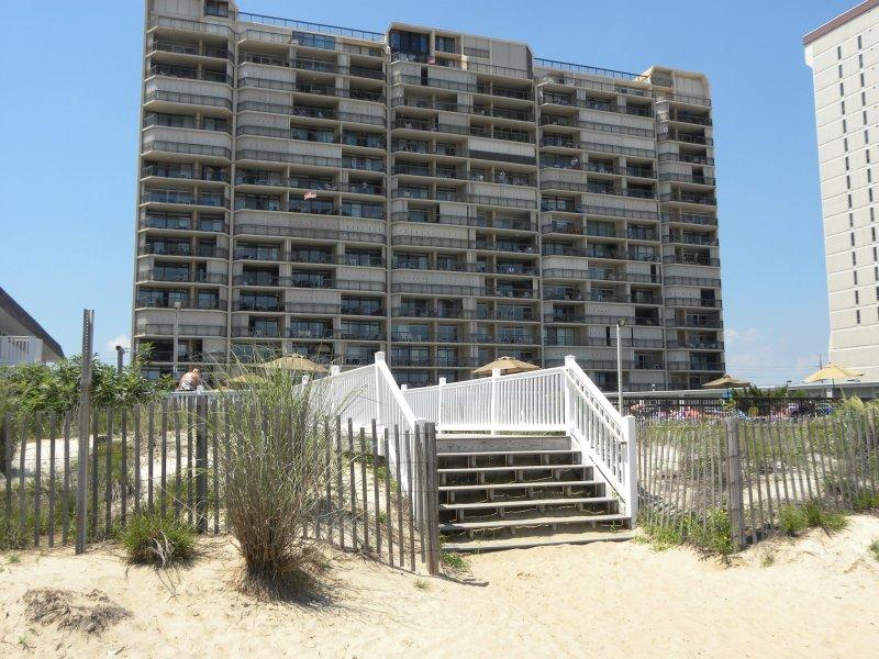condomínio Fountainhead! À direita na praia!