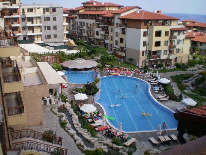 Lillia Garden of Eden Bulgaria Studio Air-Con Apartment 5 star complex, vacation rental in Sveti Vlas