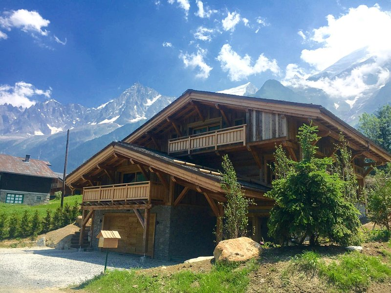 Chalet Alexandra with the amazing backdrop of Mont Blanc