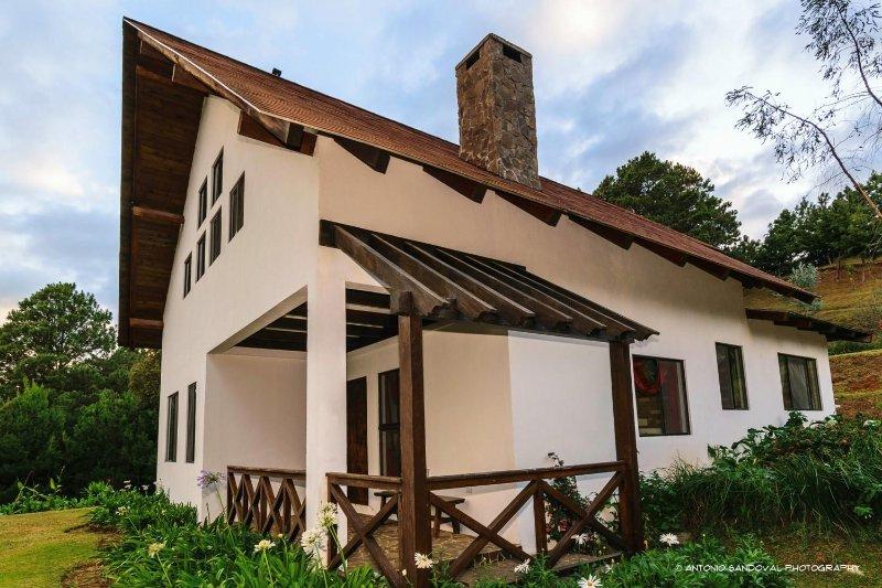 Mi Casa De Campo -Casa los Pinos-, holiday rental in El Sunzal
