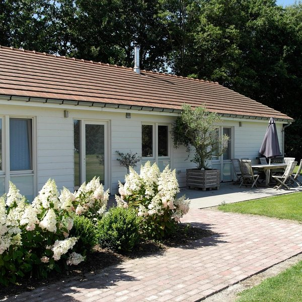 10-persons holiday house close to Belgium and coast side, holiday rental in Knesselare