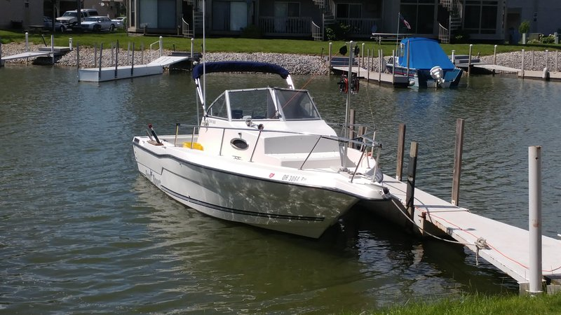 30' Dock Available right in front