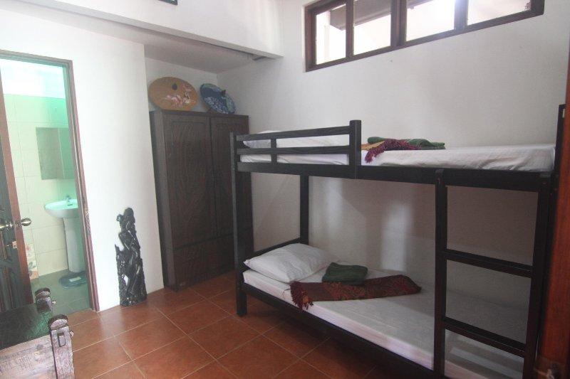 Aircon Room, location de vacances à Cordova