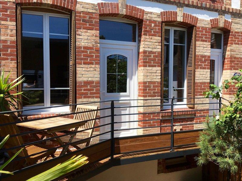 Villa en Duplex entre Plage et centre, alquiler vacacional en Longueville