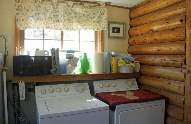 lavadora secadora proporcionado