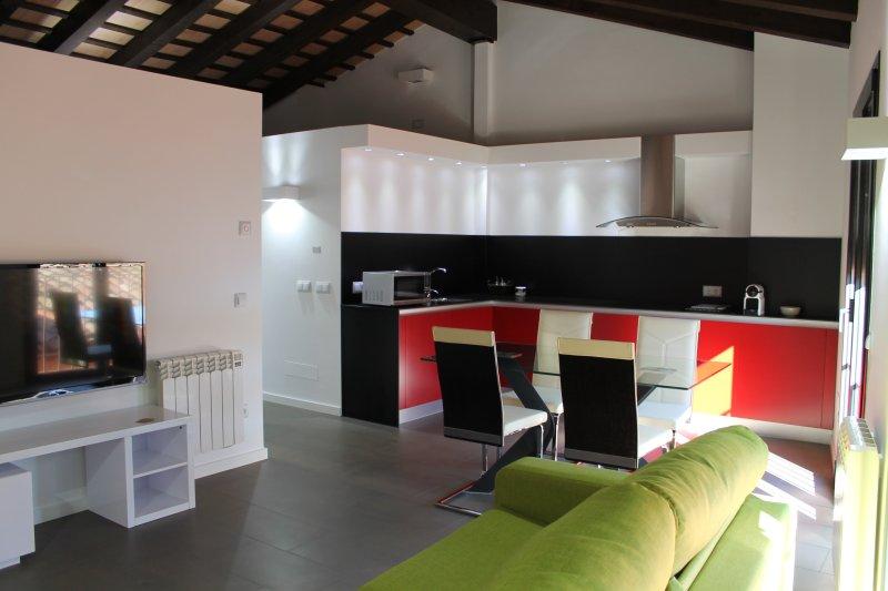Apartamento en la ciudad de Olot Atico, Ferienwohnung in Tortella