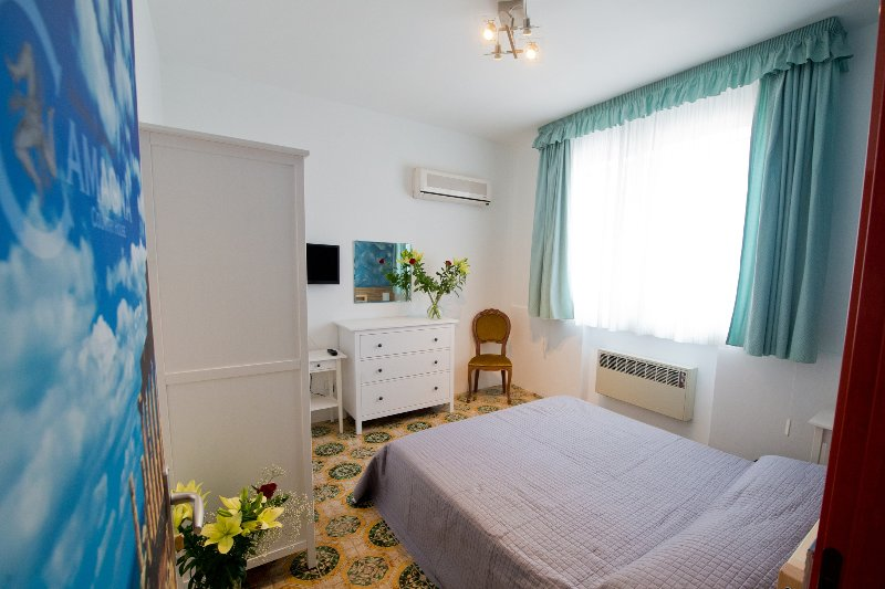 Camagna Country House -Selinunte Room, holiday rental in Salemi