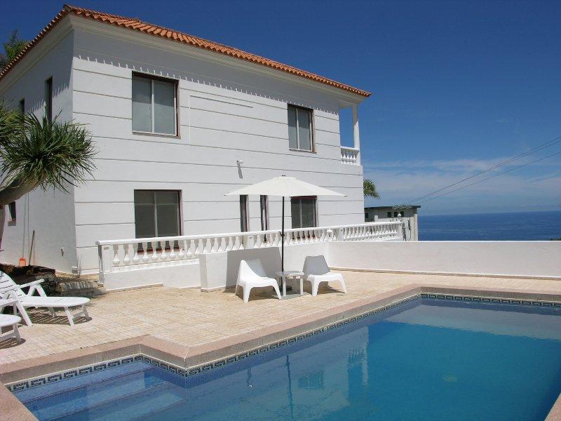 Villa Vista La Quintaheatable Poolfree Wifibbq, holiday rental in La Victoria de Acentejo