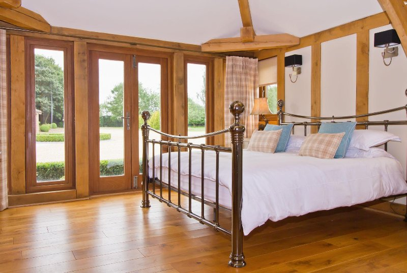 Spacious double bedroom with stunning outlook