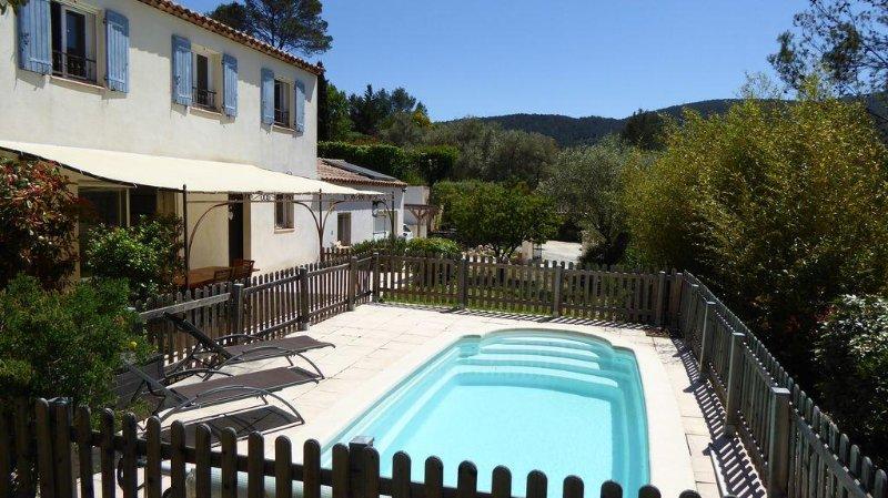 Villa avec piscine - 15 km de Hyères & Toulon, holiday rental in Sollies-Pont
