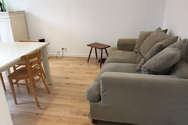 Renovated apartment with garden within cityring Amsterdam, holiday rental in Weesp