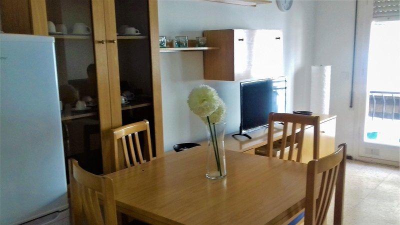 Apartamento Centro de Lloret a 2 min de la playa, vacation rental in Lloret de Mar
