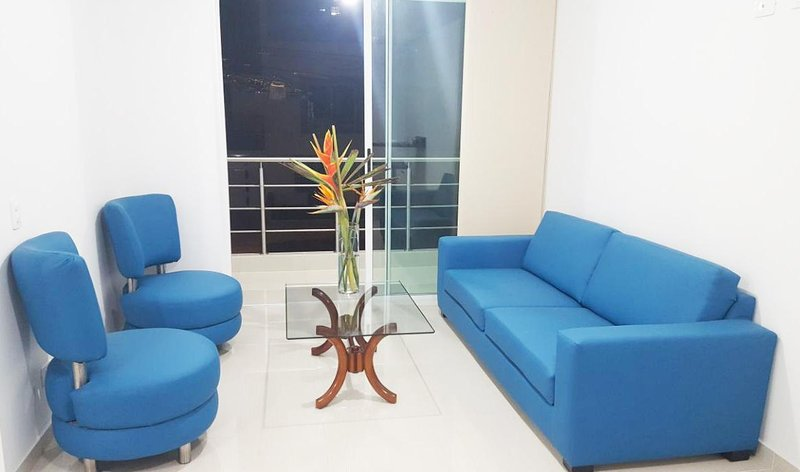NICE APARTMENT-EXCELLENT LOCATION IN CALI, holiday rental in Pance