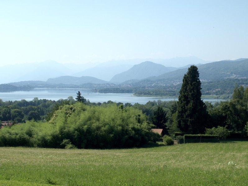 Vista do lago Varese