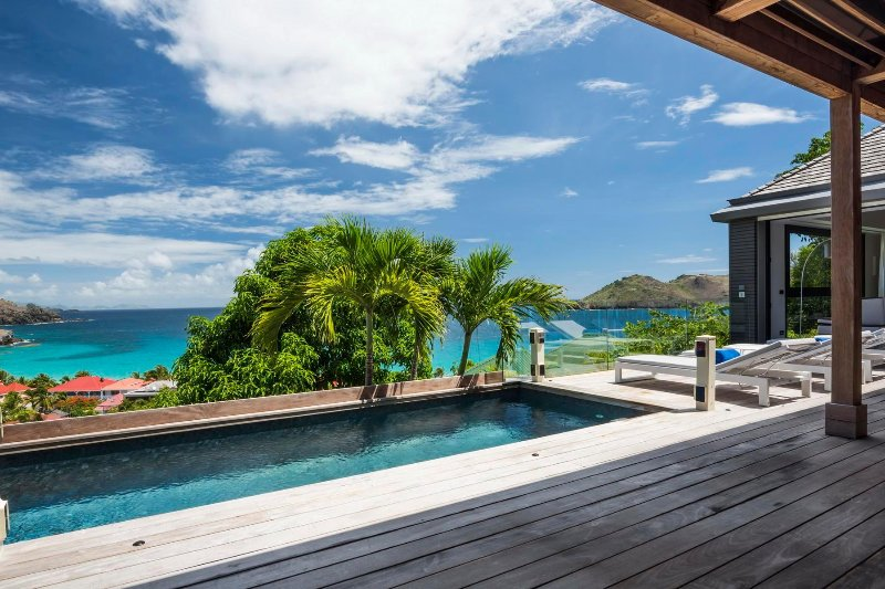 Santa Alicia is a 3 bedroom contemporary villa located on the heights of Flamand, holiday rental in Anse des Flamands