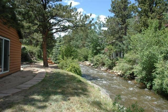 Great River Cabin, Mountain Views, Hot Tub, 3 Bdr/2Bath ...