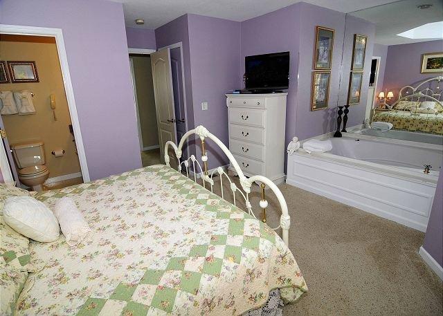 King Suite Upstairs
