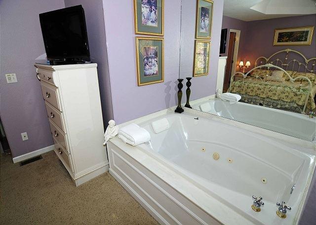 Whirlpool In King Room
