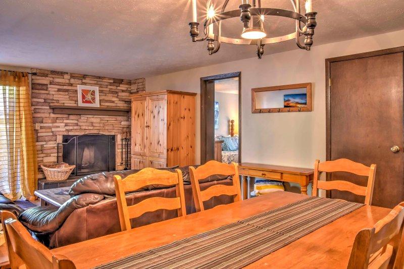 Un concetto di open space rende facile intrattenere in questa casa vacanze!
