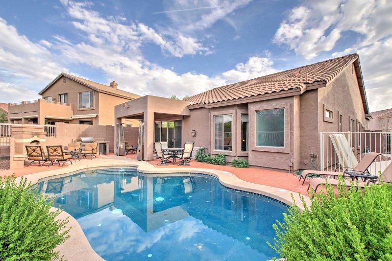 Modern Mesa Oasis w/ Pool, Patio & Desert View!, vacation rental in Mesa